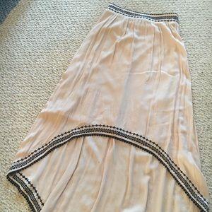 High waisted high low skirt